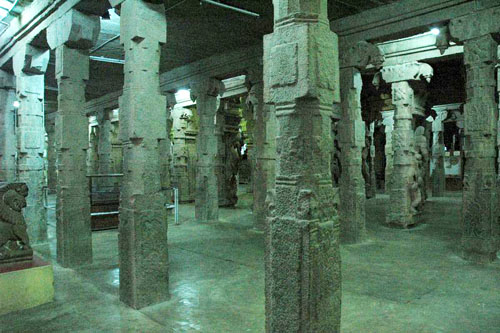 1000Hall-Meenakshi Temple
