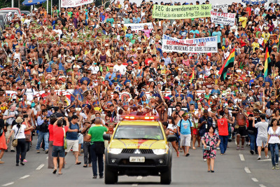 Hundreds of indigenous Brazilians demonstrate in Brasilia as part of the National Mobilisation Week(Evaristo Sa/AFP)